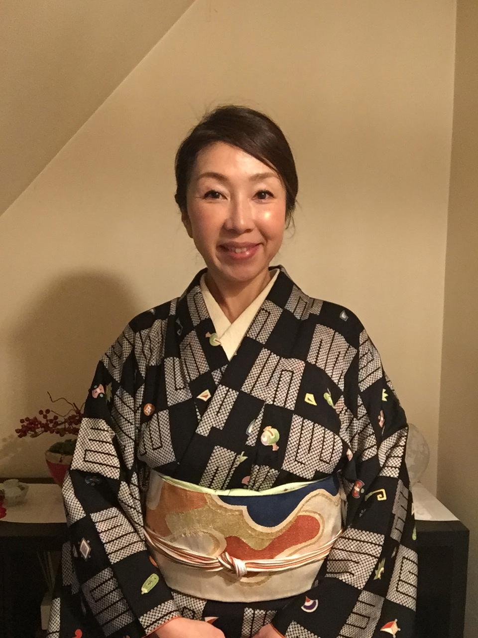 着物コーディネート  源氏香と宝尽くし模様の袷小紋と綴れ帯で華やかに!
