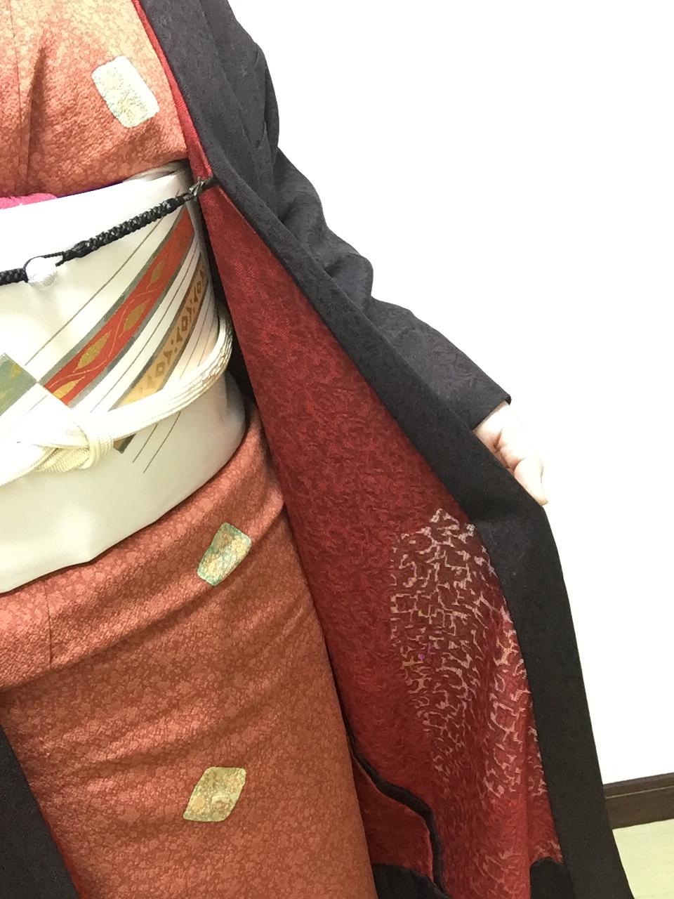 """着物コーディネート 春・秋に""""大活躍する"""" 紋紗の膝丈薄羽織"""