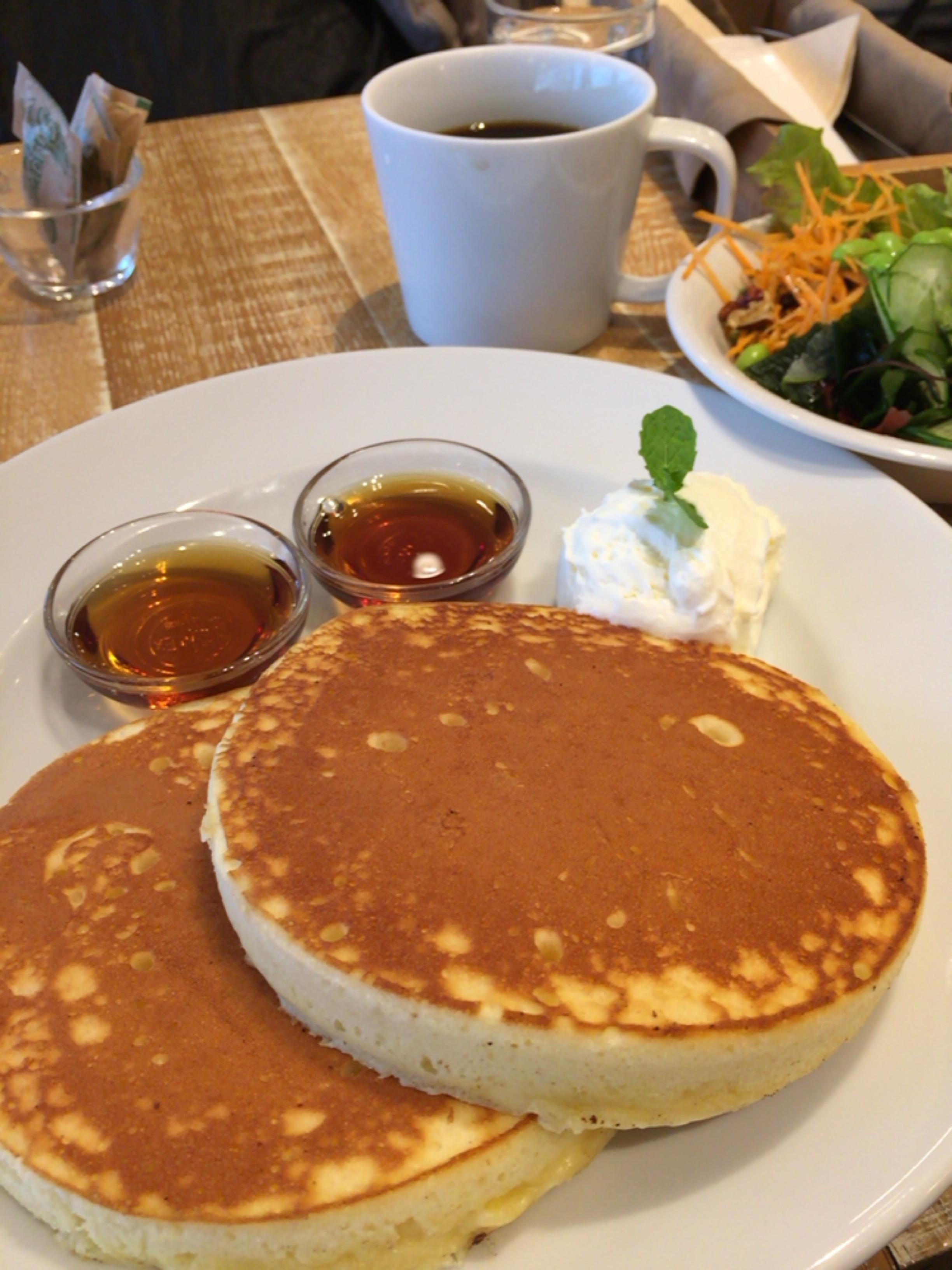 パンケーキ専門店「J.S.PANCAKE CAFE」ランチのサラダバーも嬉しい♪