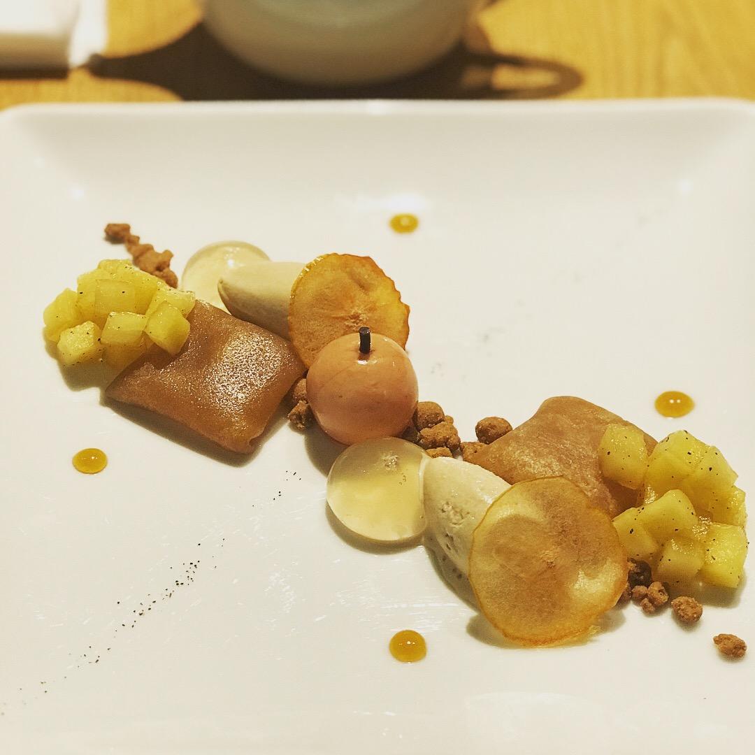 kashiya 林檎と蜂蜜と紅茶